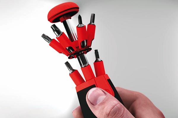 Nu kan du holde 26 skruetrækkere i samme hånd og skifte mellem dem med et enkelt tryk på en knap.