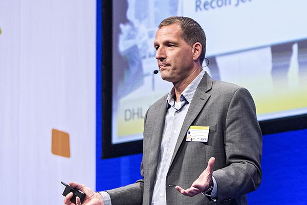 Big data, sensorteknologi, augmented reality, 3D print, robotter og droner. Markus Kückelhaus fra DHL afslører, hvordan disse teknologitrends påvirker logistikbranchen indenfor de næste 5-15 år.