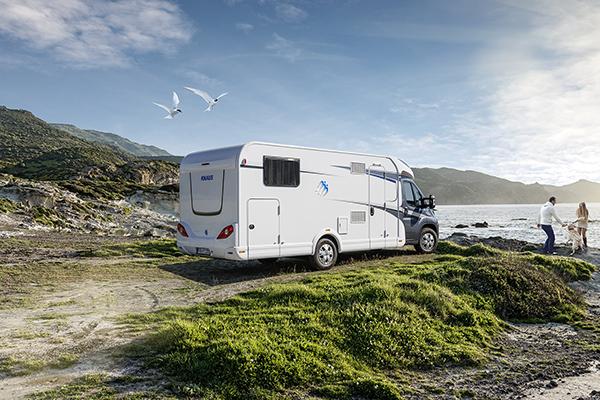 Salget af autocampere er på blot et år gået frem med hele 35,1 procent. Flere campingpladser, som er målrettet autocampisterne, lavere driftsomkostninger og seniorer med rejselyst, er en del af forklaringen på fremgangen.