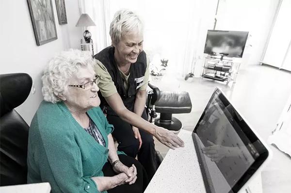 Frederikshavn Kommune har købt en ny kommunikationsløsning til Sæby Ældrecenter, der skal mindske medarbejdernes administrative byrde og give bedre overblik over dagens opgaver. Løsningen bliver leveret af løsningspartneren TDC Erhverv og software-leverandøren Sekoia.