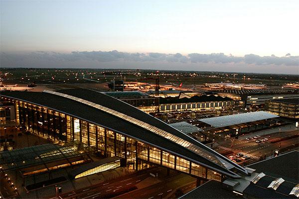 Den sidste sommermåned bød på 2.776.367 rejsende gennem Københavns Lufthavn. Særligt de lange ruter voksede.
