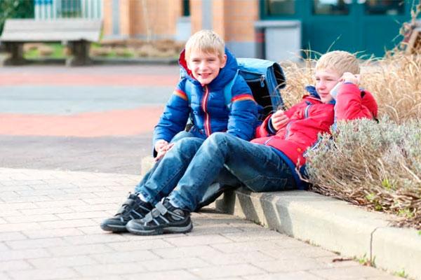 Telia har gennem flere år spurgt danskerne om, hvor gammelt deres yngste barn var, da han eller hun fik sin første mobil. For første gang er gennemsnitsalderen steget.