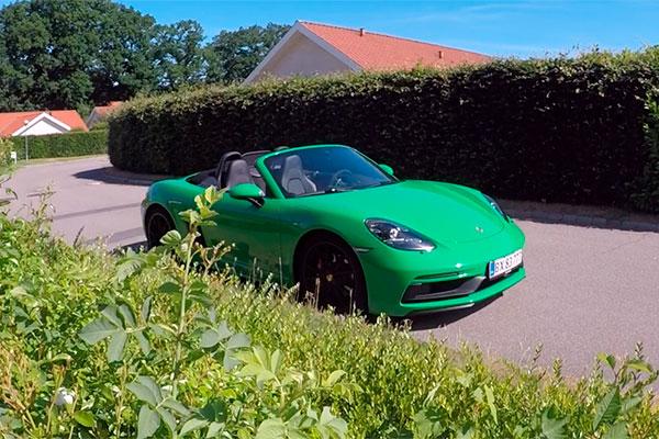 TEST: Vi har været en tur på den tyske autobahn med den nye Porsche 718 Boxster GTS, for at afprøve bilen i dens rette element.