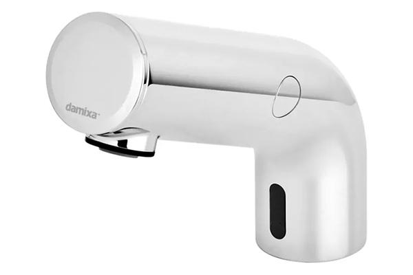 Damixa Free er et nyt danskdesignet, berøringsfrit armatur i strømlinet design. Armaturet bidrager både til bedre hygiejne og sparer også på vand og energi. Den gedigne udførsel sikrer, at det kan holde til omfattende brug.