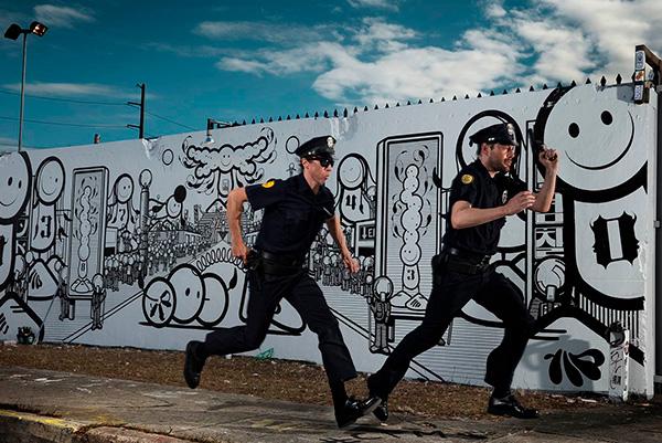 Han har fotograferet berømtheder som U2, Amy Winehouse, Paul McCartney, Jack White og mange flere. Men han har også portrætteret verdens førende street artists, som bruger byen som lærred. Utzon Center i Aalborg åbner en udstilling, der har været kloden rundt, men som nu er vendt tilbage til Danmark.