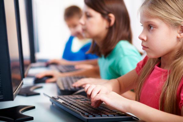 To forskere, der har fulgt Coding Class i et år, konkluderer, at det er vigtigt, at teknologiforståelse, computational thinking og informatik bliver obligatorisk for alle elever i folkeskolen.