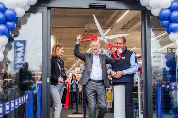2017 blev året, hvor JYSK åbnede butik nummer 2.500, men ejer og grundlægger Lars Larsen slår fast, at der skal åbnes mange flere butikker.