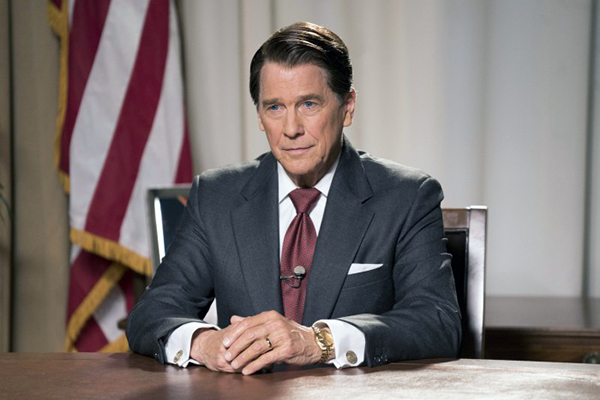 """Skuespilleren Tim Matheson (""""The West Wing"""", """"Burn Notice"""" og """"Animal House"""") skal spille hovedrollen som Ronald Reagan - skuespilleren, der blev guvernør i Californien og efterfølgende USA's præsident - i den kommende film Killing Reagan."""