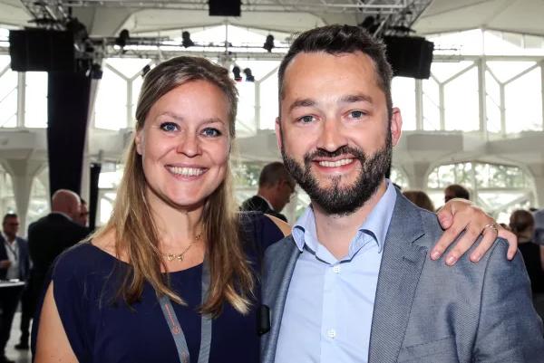 Når talen falder på højteknologisk iværksætteri, er Danmark måske ikke det første land der falder dig ind. Men Next Step Challenge har for tredje år i træk tiltrukket iværksættere fra hele verden til Europas mest ambitiøse acceleratorprogram. Projektet tager globale idéer og gør dem levedygtige – i danske rammer. Igen i år i Esbjerg og denne gang i tæt samspil med seneste tilkommende gren i Holstebro.