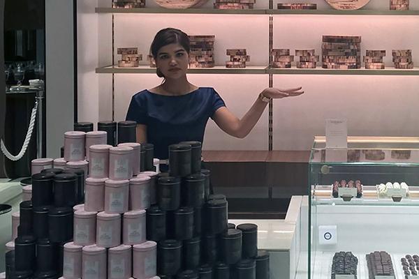 Peter Beier Chokolade åbner ny butik i Dubai efter en henvendelse fra landets emir: sheik Mohammed. Dermed bliver han, som den eneste i Norden, en del af et nyt eksklusivt chokolademarked med 24 brands fra hele verden.