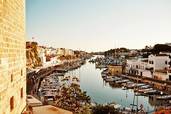 Spaniens popularitet bare vokser og vokser, og Spies fortsætter derfor med at øge udvalget af rejser til landet.