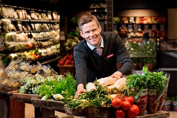 Bedre sundhed, bedre miljø og bedre dyrevelfærd. Flere og flere danske husstande lægger kødfrie dage ind i madplanen. De 17 procent af forbrugerne, som prioriterer kødfrie dage, følger dermed i fodsporet på kendte flexitarianere, blandt andet madspildsfrontkæmper Selina Juul, skuespiller Ulrik Thomsen og stjernekokken Rasmus Kofoed.