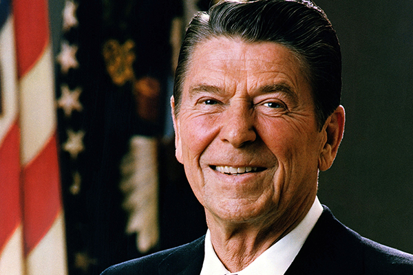 Genoplev de hektiske dage i marts 1981, da USA's præsident Ronald Reagan var tæt på at miste livet i et attentat.