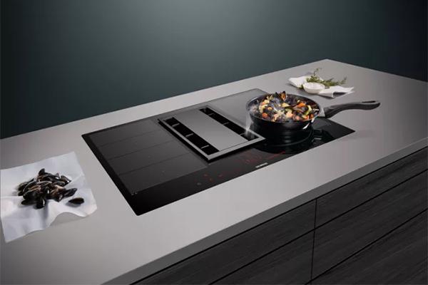 Med nye innovationer opstår nye muligheder. De nye forbundne apparater fra Siemens, den intelligente software samt nye elektroniske muligheder med Home Connect app'en giver helt nye måder at bruge sit køkken på.