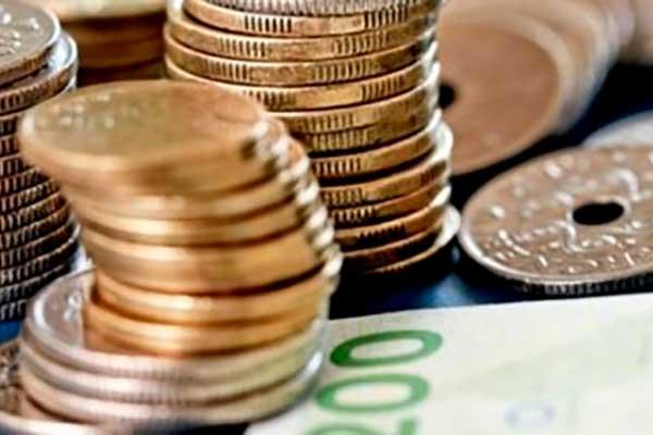 Nu får danske virksomheder en mere aktiv rolle i kampen mod hvidvask af penge og finansiering af terror.