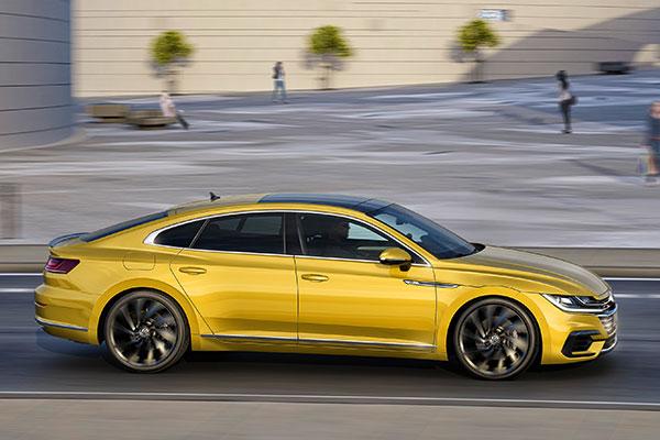TEST: Volkswagens nye topmodel Arteon er en veldrejet Gran Turismo, der skal ramme de købere som ikke kan nøjes med en Passat. Og nej, det er ikke blot en forvokset Passat, Arteon er helt sin egen, og den går benhårdt efter konkurrenterne BMW og Audi.