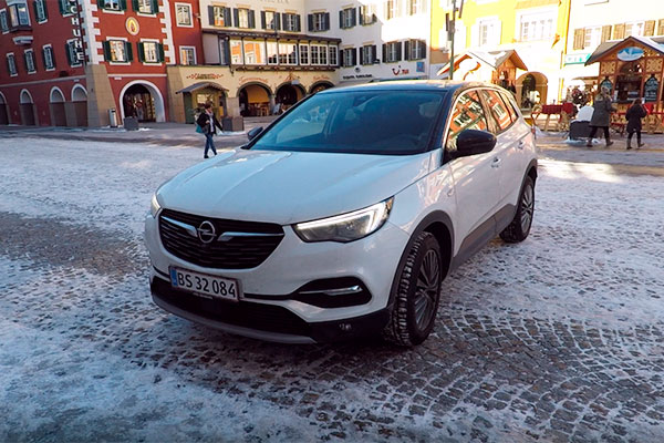 TEST: Opel har fået et nyt medlem til deres X-familie, som nu omfatter Grandland X, MOKKA X og Crossland X.
