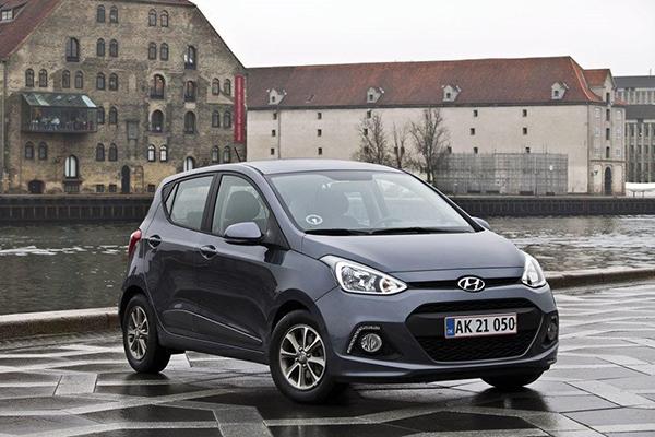 Masser af bil for meget få penge. Sådan kan man bedst beskrive den nye kampagnemodel, Hyundai i10 Passion, der nu kommer på gaden i et begrænset antal.  Kampagneudgaven giver fuld valuta, når det kommer til udstyr og køreglæde – for den er spækket med udstyr, og har vundet flere internationale priser og tests.