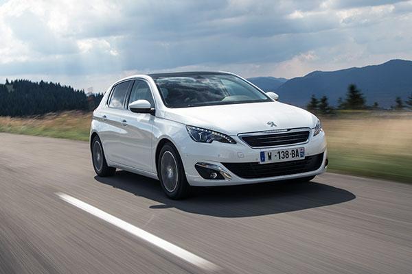 TEST: Peugeot 308 blev introduceret på det danske marked for et års tid siden. Og der er tale om godt håndværk fra Peugeot-fabrikken i Sochaux.