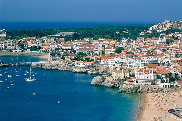 Kun få dage efter, at Portugal blev kåret som Europas førende turistdestination ved rejsebranchens svar på Oscar-uddelingen, løb feriefavoritten med titlen som Europas bedste rejseland ved den danske prisoverrækkelse Danish Travel Awards. I alt har Portugal fået ikke mindre end 2300 internationale priser i 2017.