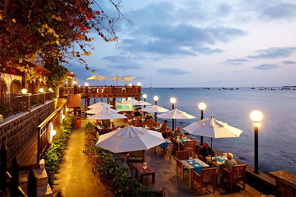 Rejsekoncernen satser på årets nye vinterrejsemål og er ved at opføre et stort nyt kompleks med et Sunwing og et Sunprime hotel på tropeøen.