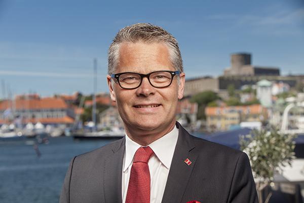Niclas Mårtensson er udpeget som ny adm. direktør i verdens største færgerederi, Stena Line. Den tidligere adm. direktør Carl-Johan Hagman fortsætter som bestyrelsesformand.