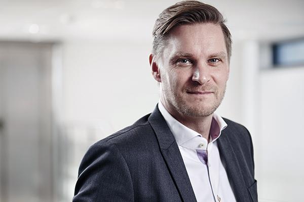 Tv- og bredbåndsleverandøren Stofa flytter nu sit hovedsæde til Aarhus. Det sker for at komme tættere på den store digitale talentmasse, som hvert år udklækkes i Aarhus.