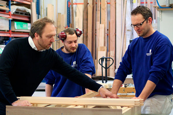 En samlet løsning, der kan bestilles og koordineres med én leverandør. Det er dét, kunderne efterspørger, når det kommer til renoverings- og byggeopgaver.