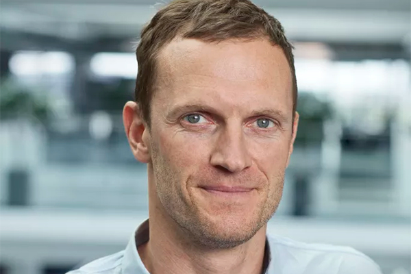 Det svenske software- og innovationshus Jayway med store internationale kunder som SONY og Walmart intensiverer sin satsning på det danske marked for mobile løsninger. JAYWAY udvider samtidig ledelsen med Mikkel Wolf Rasmussen, som kommer fra en stilling som director i Advice.