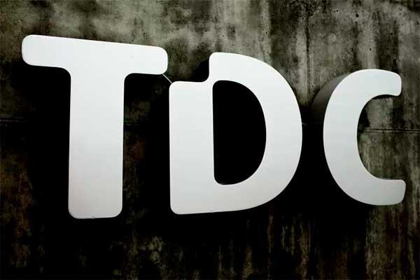 TDC Group overtager mobilselskabet Plenti, der har ca. 90.000 kunder.